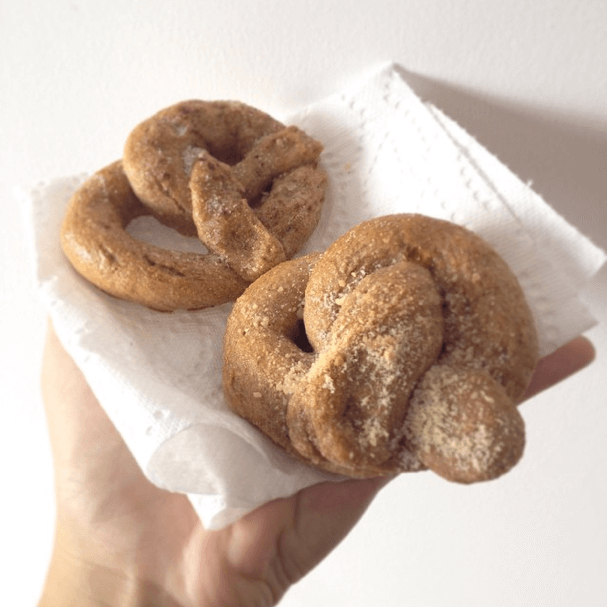 Homemade Soft Pretzels, recipe from Sally's Baking Addiction