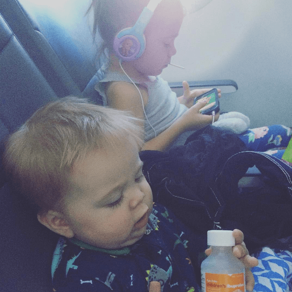 Airplane ride with 2 kids by myself!
